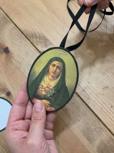 mary of sorrows craft necklace