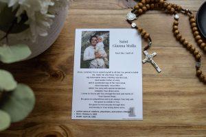 FREE St Gianna Molla Prayer Card with rosary